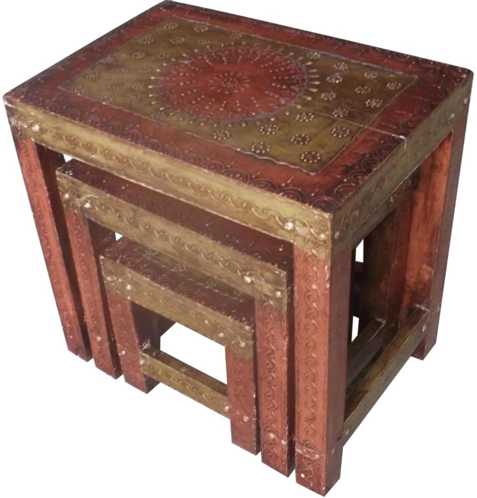 Tavolino indiano di arte povera